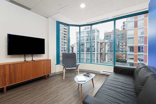 GEC Viva apartments in Downtown Vancouver are fully furnished and includes all utilities and amenities
