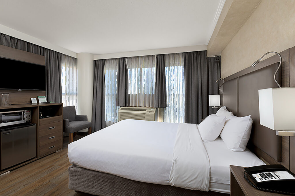 Downtown Vancouver GEC Granville Suites long term extended stays hotel premium furnished rooms with queen bed