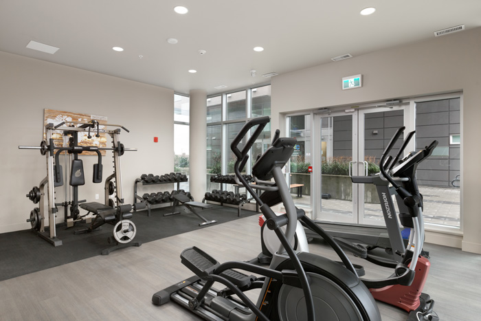 Free access to the fully equipped fitness centre and gym at GEC Pearson student residence
