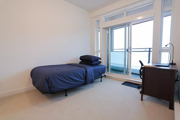 GEC Burnaby Heights student housing include one twin bed with a desk in Private Bedrooms for students